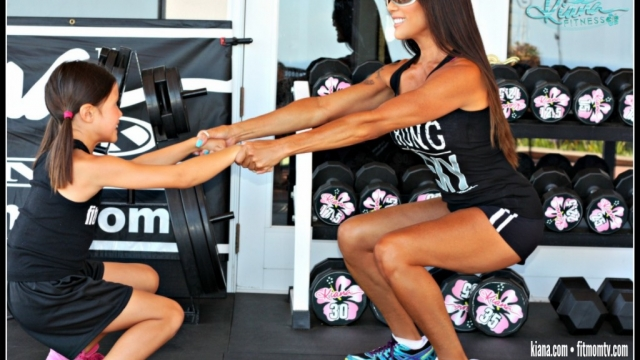 Fun Fit! Partner Squats with your Fit Kid