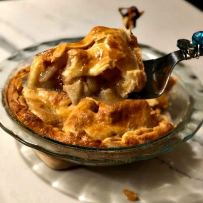 Aloha-Apple-Pie-organic-simple-ingredients.-no-sugar-added.-slice.jpg