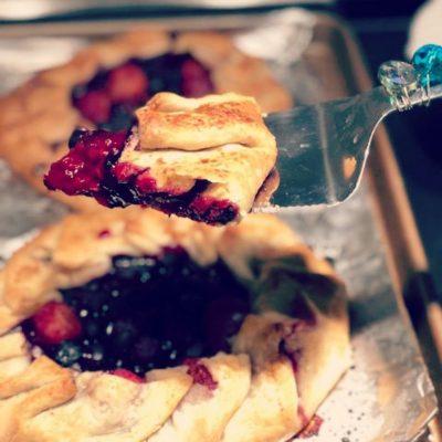 Kiana-Fit-Cooking-Fit-Fruit-Tarts-.jpg
